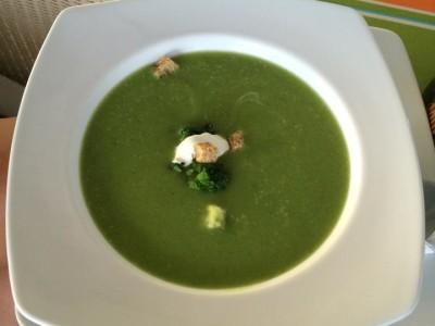 Brokoli Çorbası (Hem Büyüklere Hem Küçüklere)