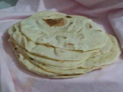 Tavada Lavaş Ekmeği