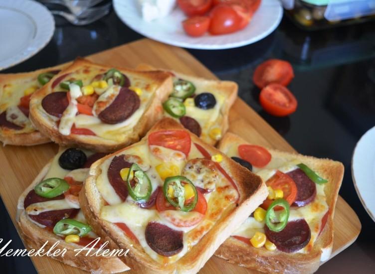 Ekmek Pizza